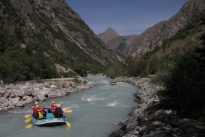 Rafts in Gorge 2